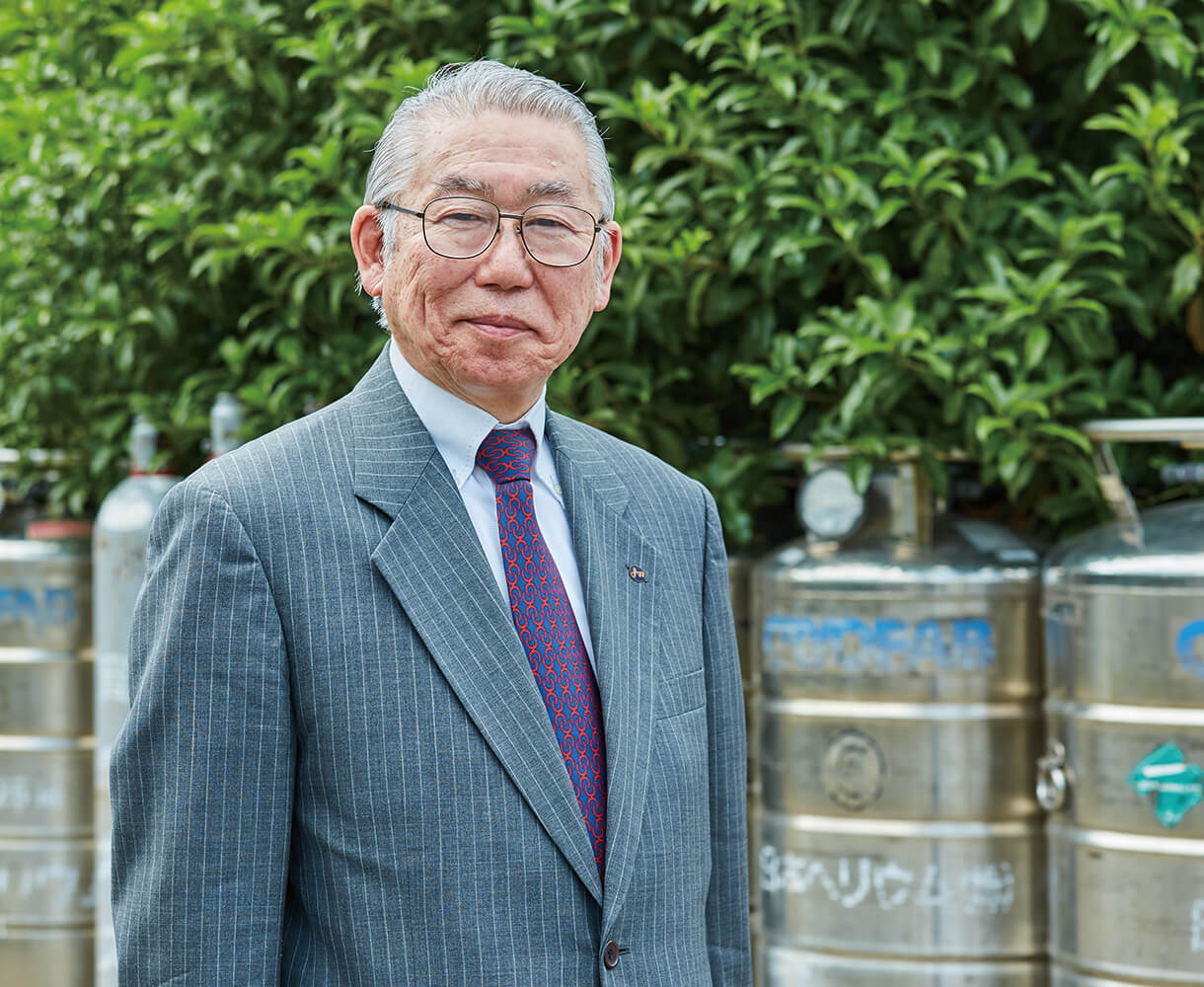 President and CEO Ken Hagiwara
